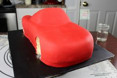 Rayo McQueen Cake paso a paso| Natalia Salazar - Disney Cars Party, Disney Cars Birthday, Lighting Mcqueen Cake, Projects To Try, Mc Queen, Cakes, Car Cakes, Cakes With Fondant, Chocolate Cookies