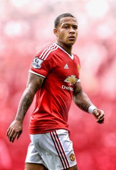 Memphis Depay | Manchester United Memphis Depay, Premier League Champions, Manchester United Football, Old Trafford, Europa League, Fa Cup, Great Team, Man United, It's Raining