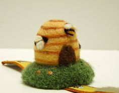 Selvage Blog: Needle-Felted Pin Cushion