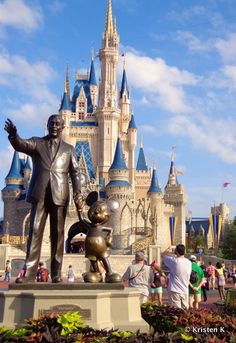 How to get the best pictures of Cinderella Castle (so many angles for great shots)! Partners Statue with Castle Full Frame