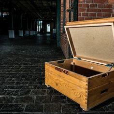 Möbel aus alten Turngeräten von Hardcrafted Hamburg Old school gym equipment by Hardcrafted Hamburg