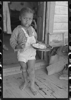 Child of sharecropper, Southeast Missouri Farms, May 1938 | Photographer Russell Lee (1903-1986) | Library of Congres
