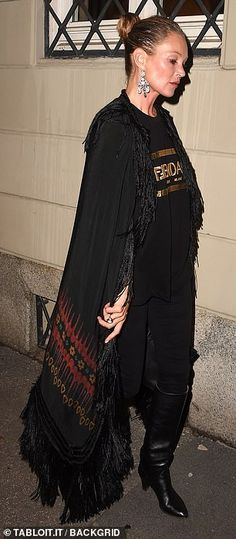 Kate Moss Style, Looks Chic, Special Events, Fendi, Versace, Boyfriend, Saree, Queen Kate, Milan Fashion