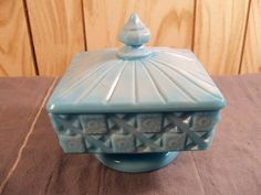Westmoreland Old Quilt Antique Blue Glass Covered Footed Square Candy Dish 748