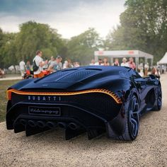 The Bugatti La Voiture Noire has the nicest rear stop in the earth, modify my he… Luxury Sports Cars, Exotic Sports Cars, Cool Sports Cars, Best Luxury Cars, Exotic Cars, Sport Cars, Cool Cars, Bugatti Veyron, Bugatti Cars