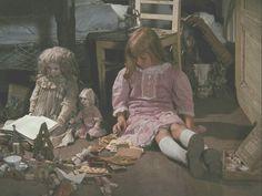Alice In Wonderland Lewis Carroll, Little Doll, Little Girls, Alice 1988, My Sweet Audrina, Jan Svankmajer, Alice In Wonderland Aesthetic, Akira, Critique Film