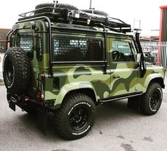 "1,375 Likes, 52 Comments - Twisted Automotive (@twisted_automotive) on Instagram: ""Our passion is to redefine the Defender! - #TwistedDefender #Camouflage #Defender #LandRover…"""