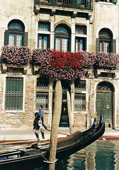 Balcone fiorito - Venezia | Venice