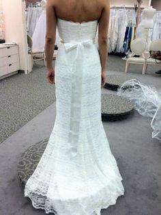 @allexraeder  @smgwhite   David's Bridal Galina Wedding Dress Beaded Lace Sheath with Godet Inserts Ivory