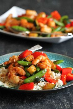 Shrimp and Vegetable Stir Fry with Jasmine…Quick and healthy, with plenty of flavor! 261 calories and 6 Weight Watcher SmartPoints by stacey Shrimp Vegetable Stir Fry, Shrimp And Vegetables, Chinese Vegetables, Shrimp Stir Fry, Fried Vegetables, Veggies, Spicy Shrimp, Stir Fry Recipes, Fish Recipes