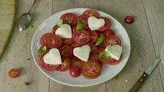 Rezepte: Herziger Tomatensalat - Entdecke dein Herz für Salat