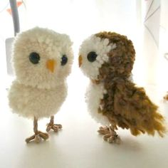25 Owl Crafts for Six Year Olds - pom pom owls Liked by Specialist Autism Services Informations About 25 Owl Crafts for Six Year Olds - Owl Crafts, Animal Crafts, Yarn Crafts, Diy And Crafts, Crafts For Kids, Arts And Crafts, Pom Pom Owl, Pom Pom Animals, Diy Broderie