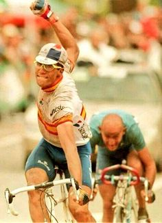 Miguel Indurain- All time favourite Tour de France cyclist , others are good, if not great. Floyd Mayweather, Usain Bolt, Pro Cycling, Cycling Bikes, Motogp, Velo Retro, Bicycle Quotes, Vintage Cycles, Vintage Bikes