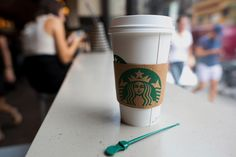 Café - Craig Warga/Bloomberg