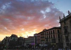 Plaza nueva . Granada. Atardecer