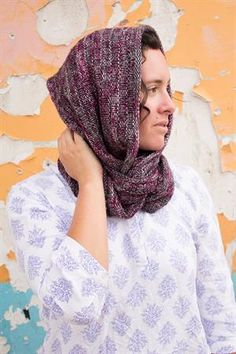 Ailene's Easy Cowl in Any Gauge Crochet Crafts, Knit Crochet, The Happy Hooker, Knitting Projects, Gauges, Knits, Easy, Scarves, How To Make