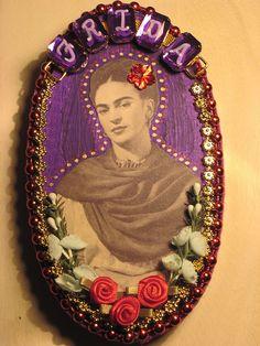 Recycled art Frida plaque by La Chusma, via Flickr