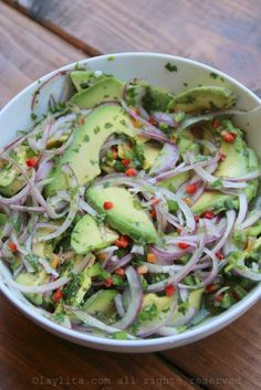 Chunky avocado salsa or side salad – Laylita's Recipes - Avocado chunky salsa Grilled Salmon Recipes, Avocado Recipes, Salad Recipes, Vegan Recipes, Cooking Recipes, Grilled Fish, Tilapia Recipes, Orange Recipes, Cooking Tips