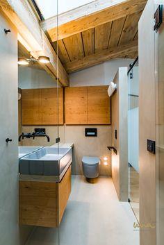 #bathroomideas #woodinterior #woodbathroom #naturalmaterials #naturalinteriordesign Wood Bathroom, Wood Interiors, Waterfront Homes, Natural Materials, Bathtub, Architecture, Standing Bath, Wooden Bathroom, Bathtubs