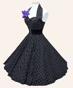 Totally wish I could pull this off! (Or that I had somewhere to where it to...) #dress #retro