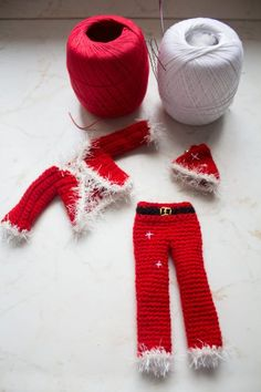 Crochet Barbie Clothes, Leg Warmers, Fashion Dolls, Diy And Crafts, Pants, Madonna, Hobby, Christmas, Crochet Doll Clothes