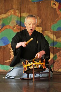 Noh drum by jumbokedama, via Flickr