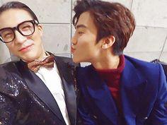 Welp o mah damn! Winwin, Taeyong, Jaehyun, Nct 127, Otp, Johnny Lee, Oppa Gangnam Style, Fandom Kpop, Random Gif