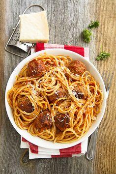 Home is in the kitchen - Рецепт идеальной пасты с мясными шариками!