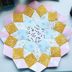 My second block is done! English Paper Piecing, Mandolin, Diy Tutorial, Quilts, Blanket, Photo And Video, Pattern, Inspiration, Scrappy Quilts