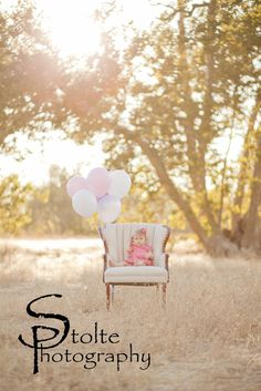 babys 1st bday photography birthday little girl balloons... Must find a chair like this in pink or white or cream for Ella's pics