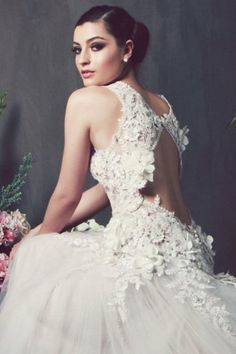 Feast your eyes on this Exclusive Premiere of the new launch of the Anna Georgina by Kobus Dippenaar 2014 Bridal Collection. Wedding Dresses 2014, Wedding Gowns, Wedding Bells, Backless Wedding, Wedding Designs, Wedding Ideas, Wedding Inspiration, Bridal Collection, Bridal Gowns