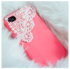 Pearls phone case 10,00,-