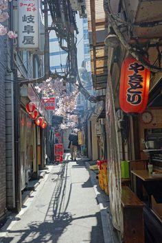 An alley in Shinjuku, Tokyo.