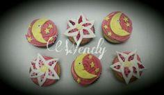 Luna & lily rose cupcake