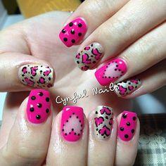 Cute nails .
