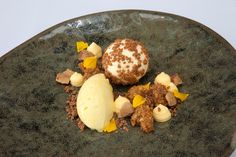 Gorse Ice Cream by Ross Stovold at the @isleoferiska in #Scotland. #MichelinStar