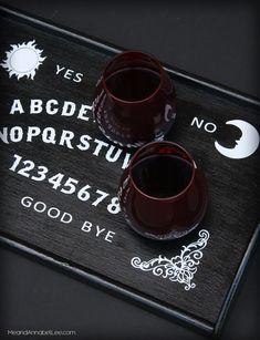 DIY Ouija Board Serving Tray - Cricut Tutorial - Gothic Entertaining - DIY Ouija Board Serving Tray – Trash to Treasure – Cricut Tutorial – DIY Fail – Gothic Entr -