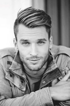 Manly Short Haircuts For Men With Round Faces