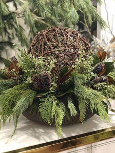 Seasonal - Rachel A. Christmas Urns, Christmas Planters, Christmas Greenery, Natural Christmas, Rustic Christmas, Christmas Holidays, Christmas Wreaths, Christmas Crafts, Christmas Flowers