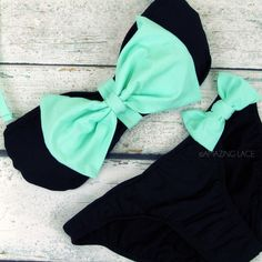 This suit is too cute! Mint and black bow bikini! :: Bow Bikini:: Pin Up Girl Swimwear:: Vintage Bikini:: Mint The Bikini, Bandeau Bikini, Sexy Bikini, Bikini Swimwear, Baby Swimwear, Bandeau Tops, Tankini, Cute Bikinis, Cute Swimsuits