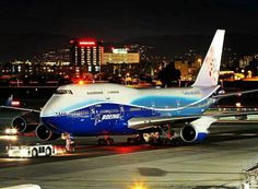 "A night shot of China Airlines ""Dynasty Dreamliner"" 747 being readied for departure from Los Angeles Intl Airport Boeing Aircraft, Passenger Aircraft, Airbus A380, Aircraft Engine, Commercial Plane, Commercial Aircraft, Jets, Jumbo Jet, Civil Aviation"