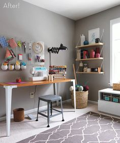 9 Craft Room Makeovers - love this sewing room! 9 Craft Room Makeovers - love this sewing room! Sewing Room Design, Sewing Spaces, My Sewing Room, Sewing Rooms, Sewing Studio, Sewing Desk, Sewing Tables, Sewing Room Organization, Craft Room Storage