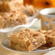 Chewy Butterscotch Brownies (Easy; 4 dozen brownies) #butterscotch #brownies