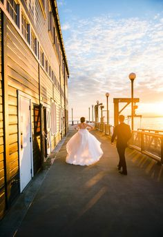 Sunset shot is a MUST.  Seattle wedding photography by Crozier Photography