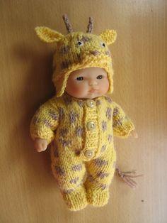 "Cutest Giraffe suit for 5"" doll"