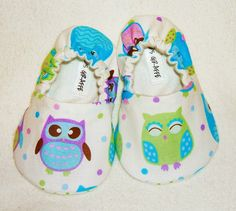 Hey, I found this really awesome Etsy listing at http://www.etsy.com/listing/97618357/owl-baby-booties-newborn-infant-baby
