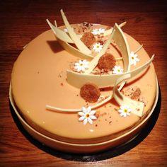 Entremet caramel vanille fève de tonka