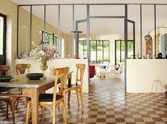 Des salles à manger très déco Style Retro, Decoration, Table, Dining Room, Furniture, Home Decor, Kitchen Ideas, Steel, Gardens