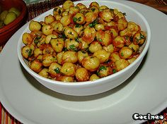 Garbanzos fritos!!! Chickpea Recipes, Vegan Recipes Easy, Italian Recipes, Mexican Food Recipes, Vegetarian Recipes, Cooking Recipes, Vegetarian Dish, Tapas, Salads
