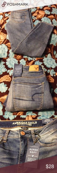 American Eagle Jegging NWT American Eagle Jeggings size 8 short. Super soft, super stretch, low rise indigo Jegging . 86%Cotton 13%Polyester 1%Elastane. Length 35 Inseam 26 1/2 American Eagle Outfitters Jeans